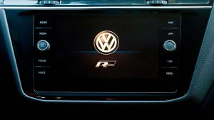 Информационно-развлекательная система Volkswagen Tiguan R-Line