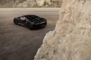 Чёрный Bugatti Chiron с пробегом 400 км