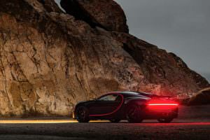 Bugatti Chiron в стиле бэтмобиля