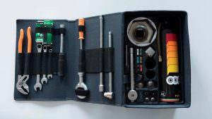 Оригинальный набор инструментов Bugatti EB110 GT 1993 года