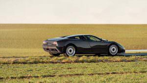 Bugatti EB110 GT 1993 года выпуска