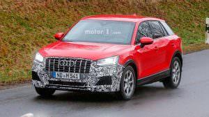 Горячий кроссовер Audi SQ2 на дорожных тестах