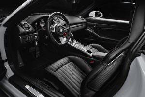 Фото салона Porsche 718 Cayman от TechArt