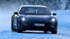 Испытания в снегу Porsche Mission E