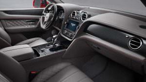 Салон 2018 Bentley Bentayga V8