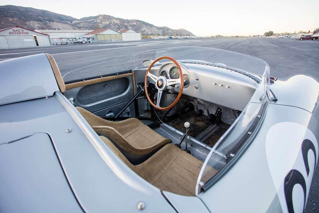 Фото салона Porsche 550A Spyder 1958 года выпуска
