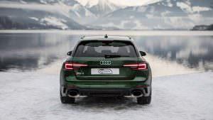 Новая Audi RS4 Avant в Швейцарских Альпах зимой
