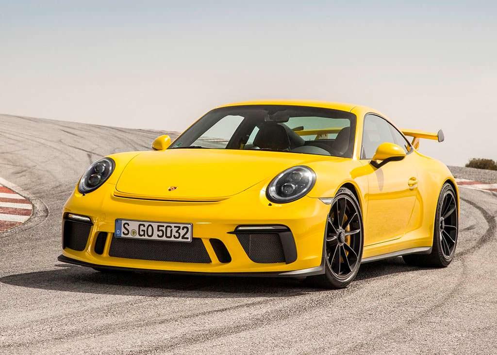 Porsche 911. Продажи за 2017 год 32 000 единиц