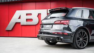 Большой спойлер на крыше Audi SQ5. Тюнинг ABT Sportsline