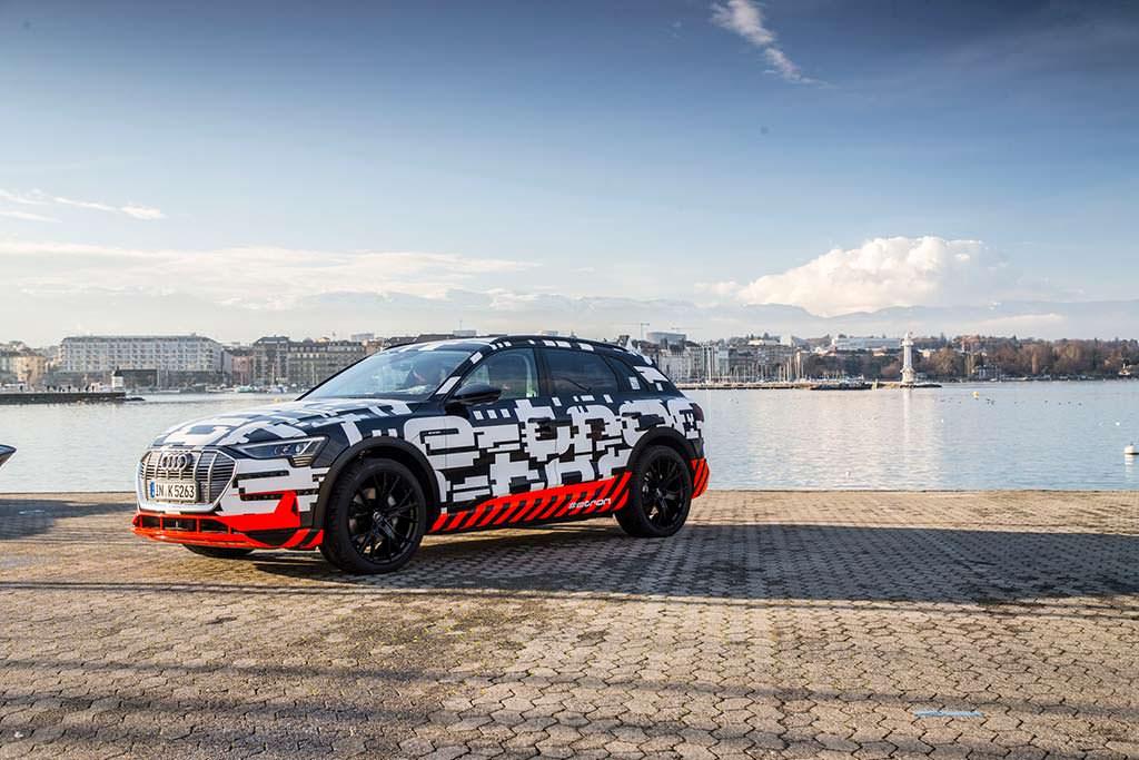 Предсерийный вариант Audi E-Tron 2018