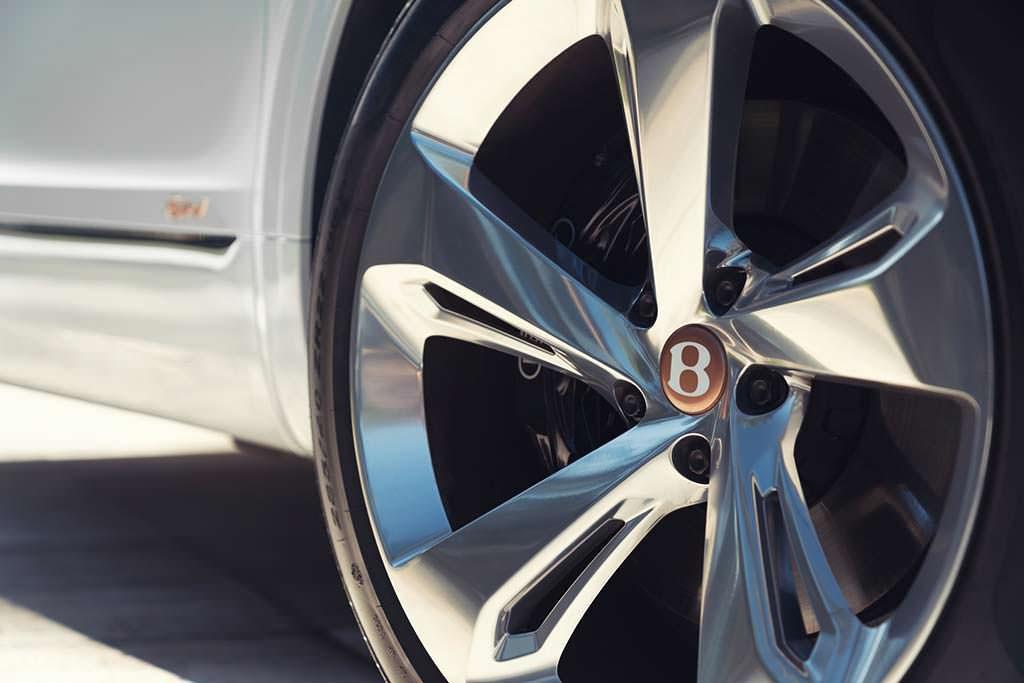 Новые колесные диски Bentley Bentayga Hybrid