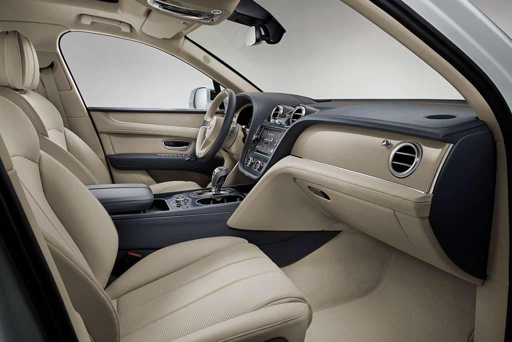 Фото салона Bentley Bentayga Hybrid