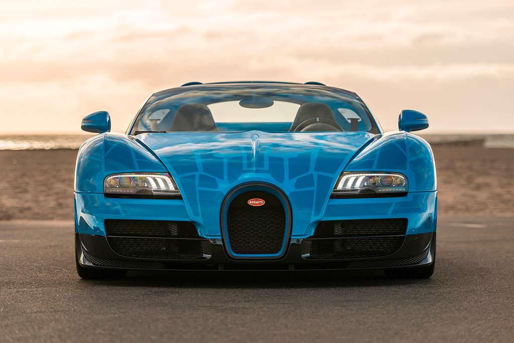 Bugatti Veyron Roadster Grand Sport Vitesse. Один из 92