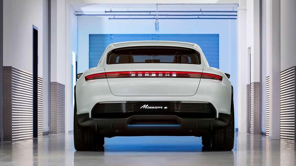 Porsche Mission E Cross Turismo Concept 2018