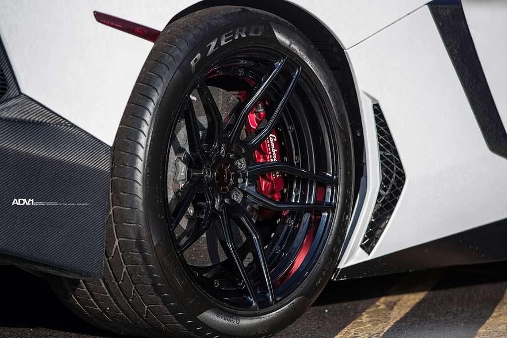 Двухкомпонентные колесные диски ADV.1 Wheels