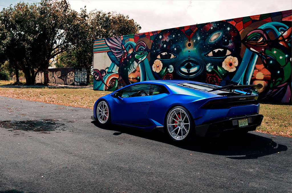 Lamborghini Huracan. Тюнинг от 1016 Industries