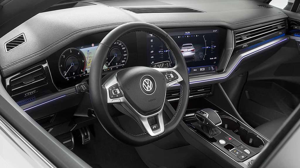 Фото внутри Volkswagen Touareg 2019