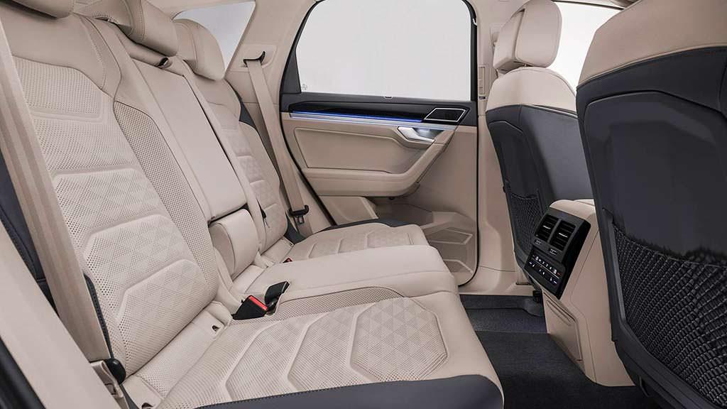 Задние сиденья VW Touareg 2019