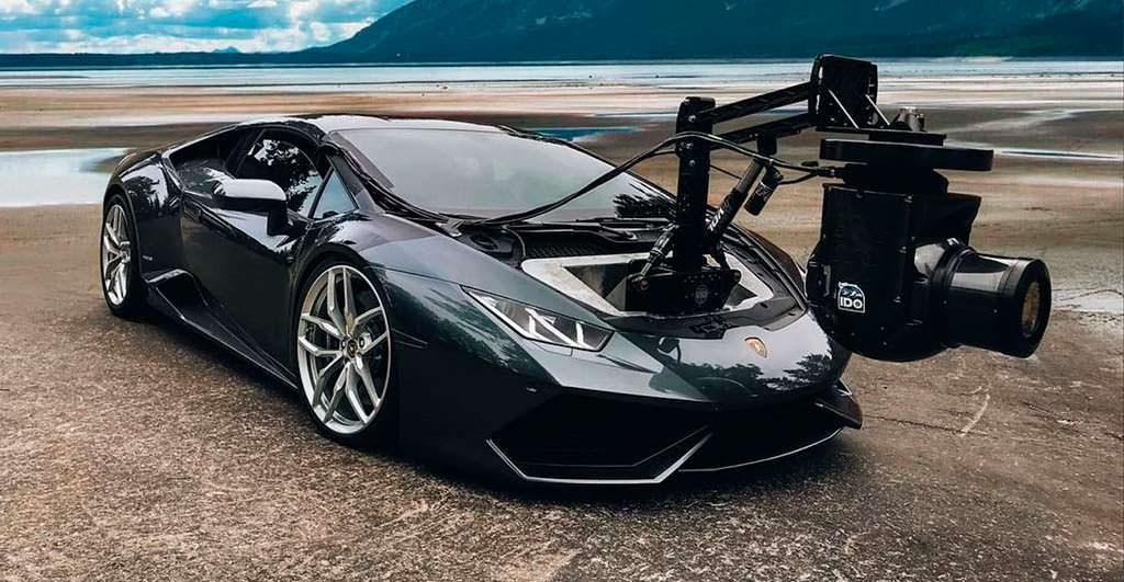 Lamborghini Huracam - самая быстрая камера на колесах в мире