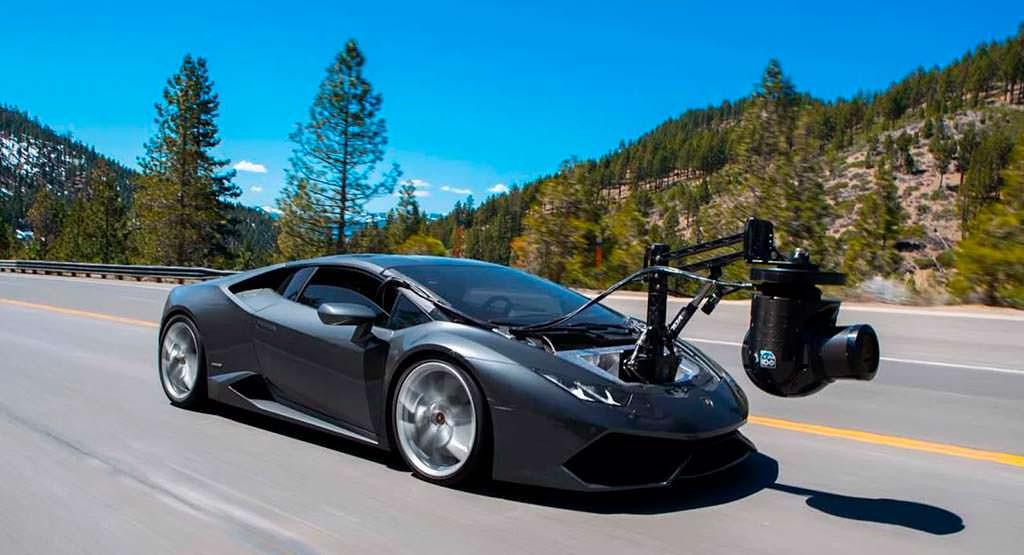 Lamborghini Huracam - автомобиль-камера