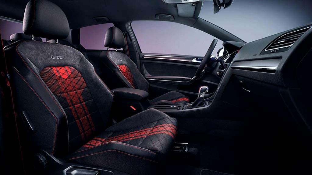 Салон Volkswagen Golf GTI TCR Concept