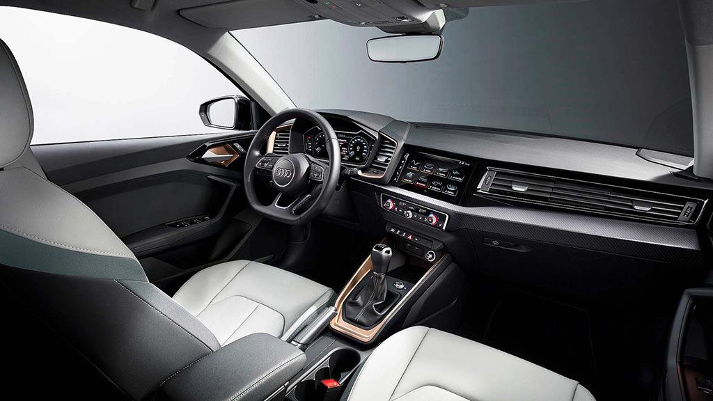 Фото салона Audi A1 Sportback 2019