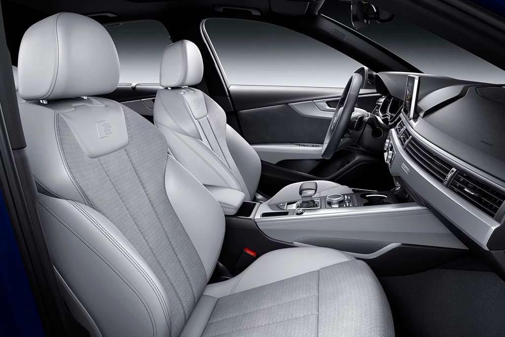 Салон Audi A4 2019