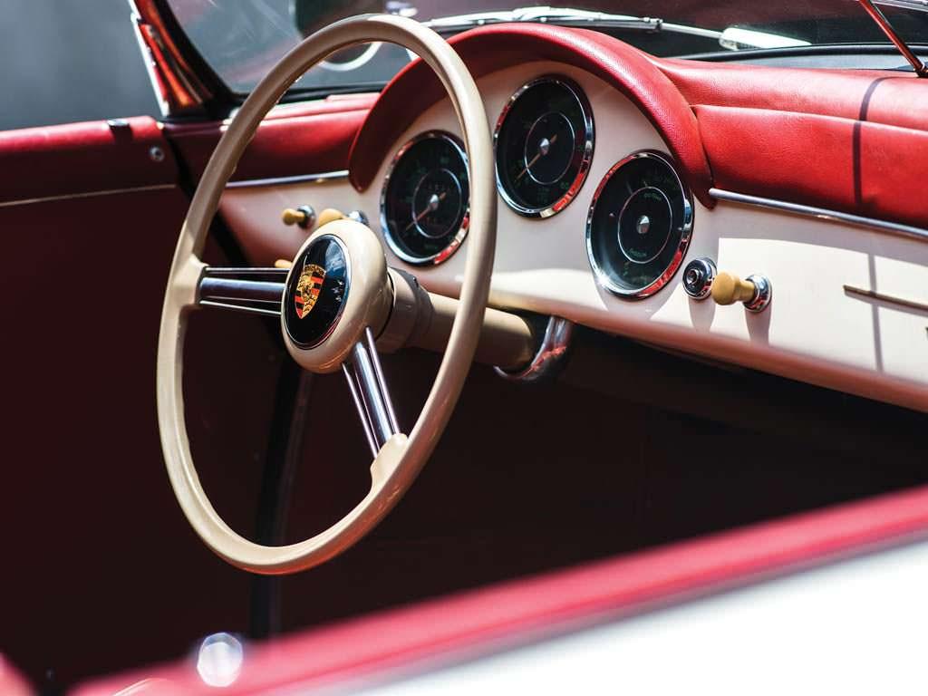 Интерьер Porsche 356 A 1600 Speedster 1956 года выпуска