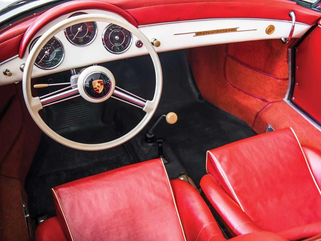 Фото внутри Porsche 356 A 1600 Speedster 1956 года выпуска