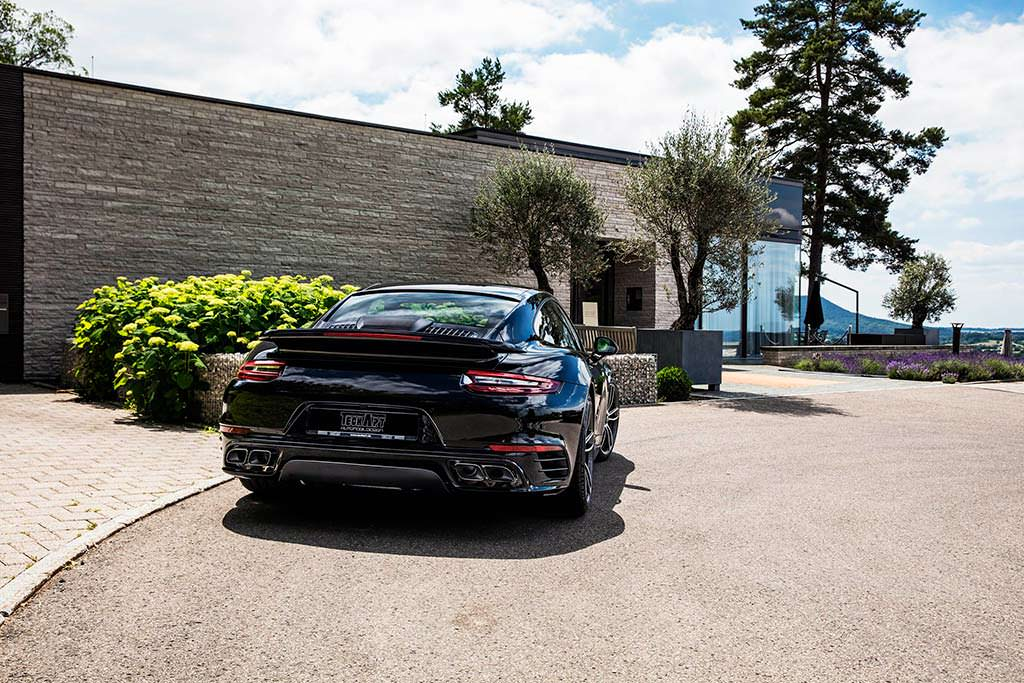 Porsche 911 Turbo S GTsport от TechArt
