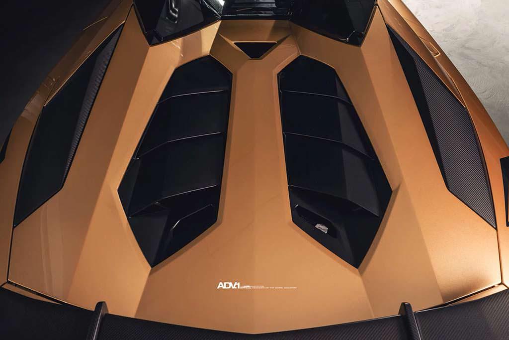 Крышка моторного отсека Lamborghini Aventador SV Roadster