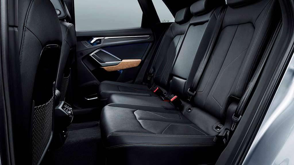 Задний диван Audi Q3 2019
