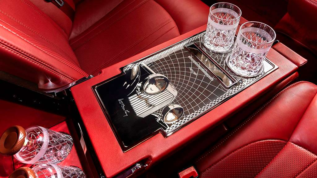 Хрусталь в салоне Bentley Mulsanne W.O. Edition by Mulliner