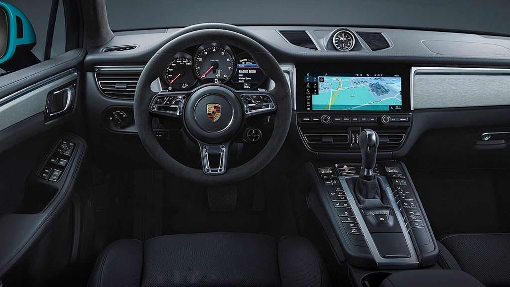 Фото внутри Porsche Macan 2019