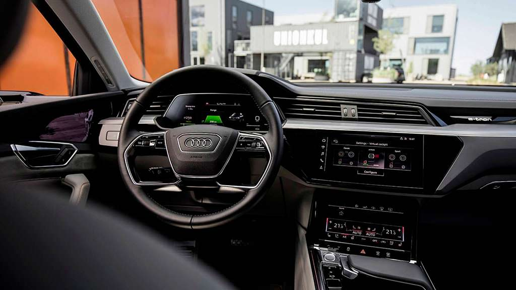 Цифровые зеркала заднего вида Audi E-Tron