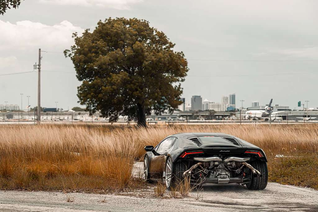 Lamborghini Huracan без заднего бампера от TR3 Performance