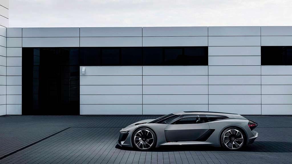 Суперкар Audi PB18 E-Tron Concept