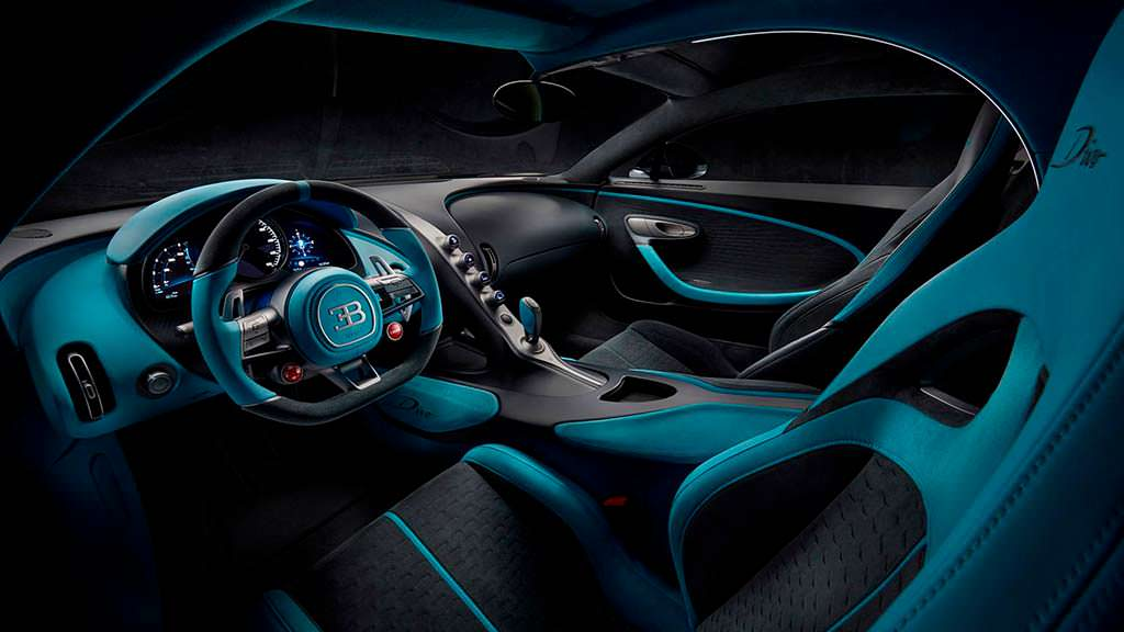 Интерьер Bugatti Divo