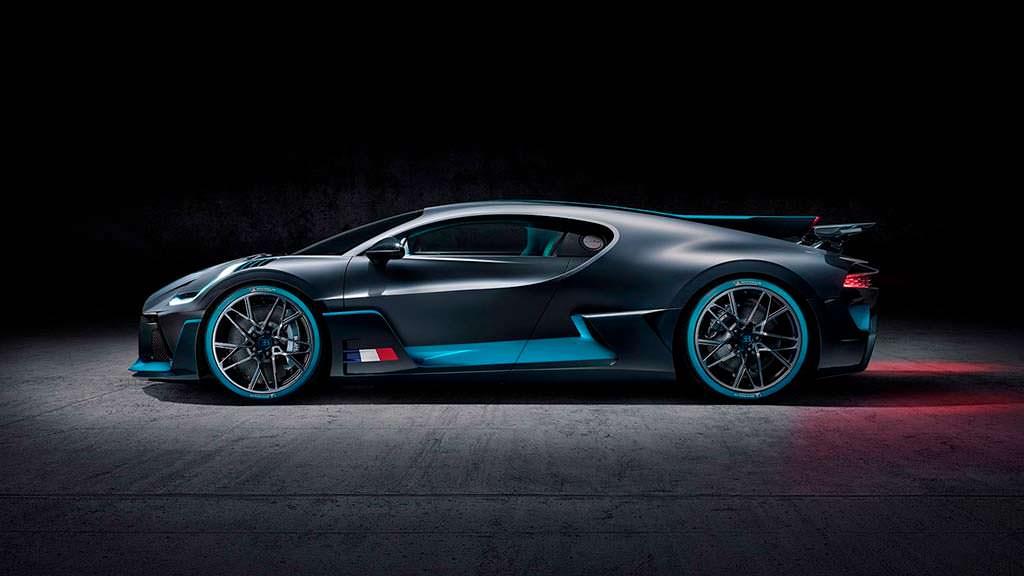 Bugatti Divo. Цена от $5,8 млн