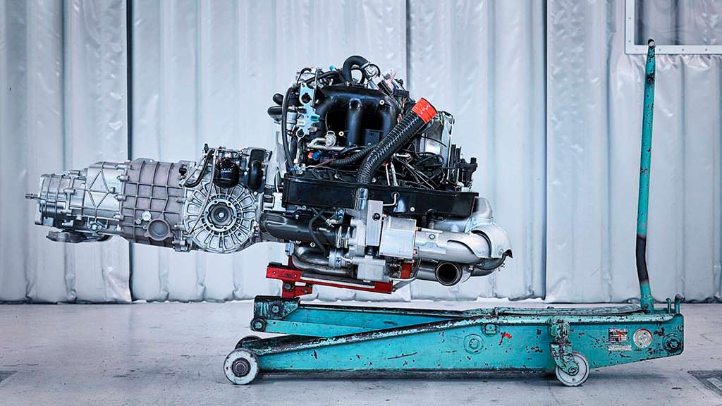 Двигатель с воздушным охлаждением Porsche 993