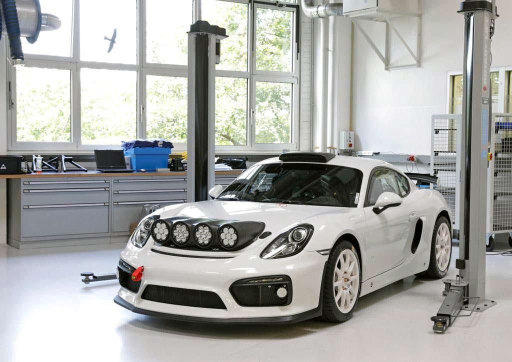 2018 Porsche Cayman GT4 Clubsport Rallye Concept