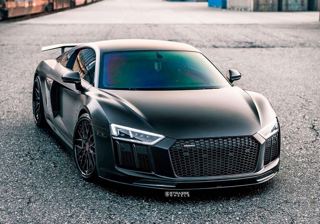 Новая Audi R8 V10 Plus от Strasse Wheels