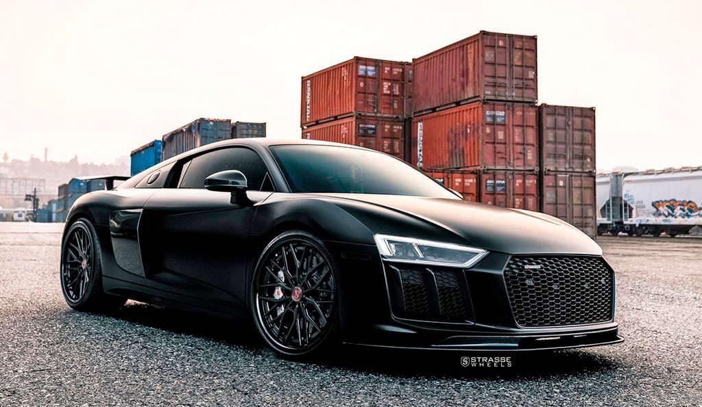 Суперкар Audi R8 V10 Plus от Strasse Wheels