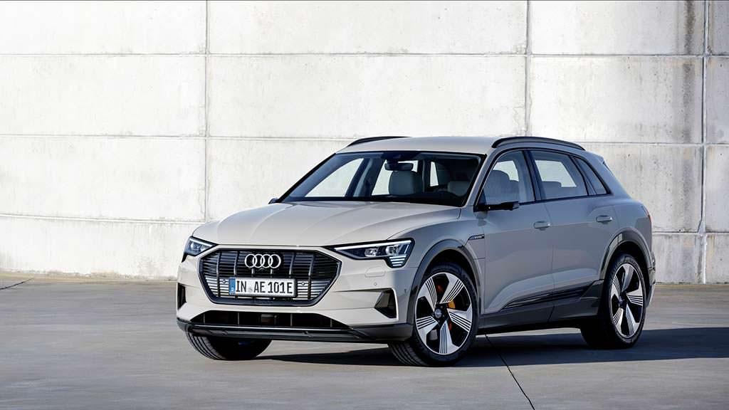 Audi e-tron. Цена от $74 800
