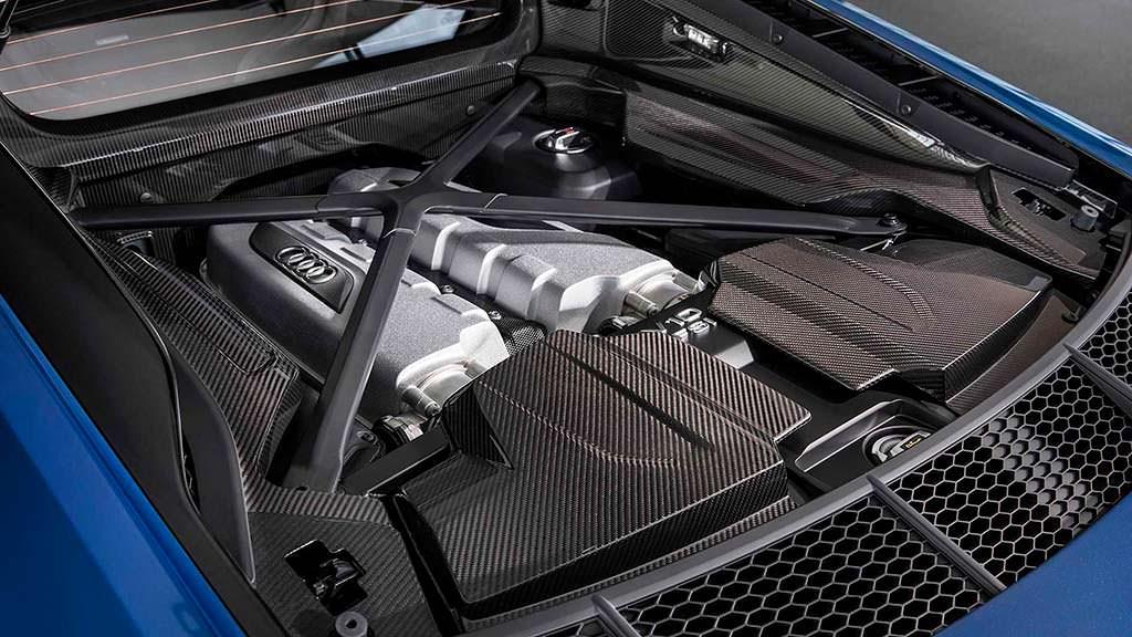 Двигатель Audi R8 5,2-литра V10 с турбонаддувом