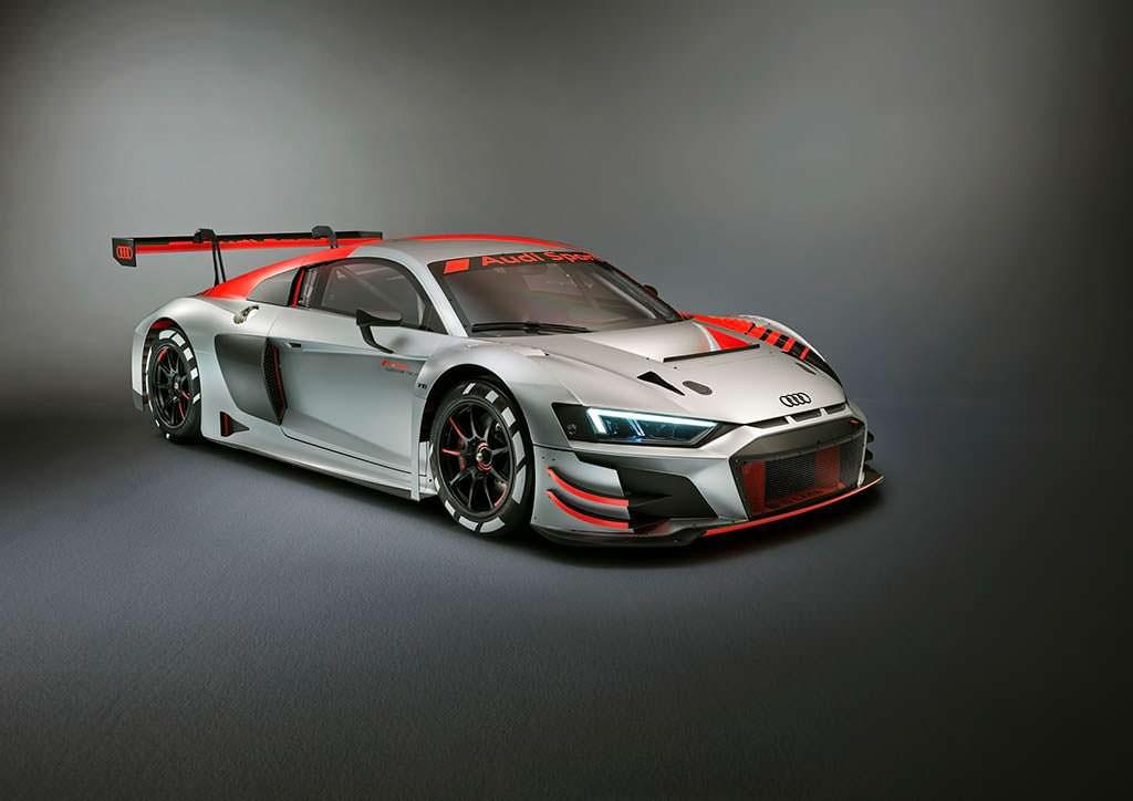 Гоночный суперкар Audi R8 LMS GT3