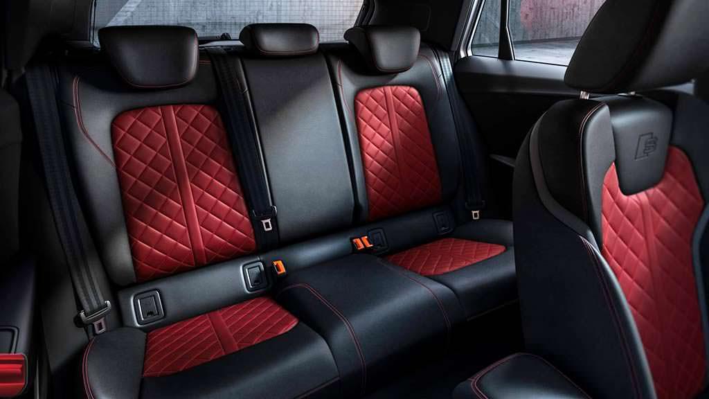 Задние сиденья Audi SQ2