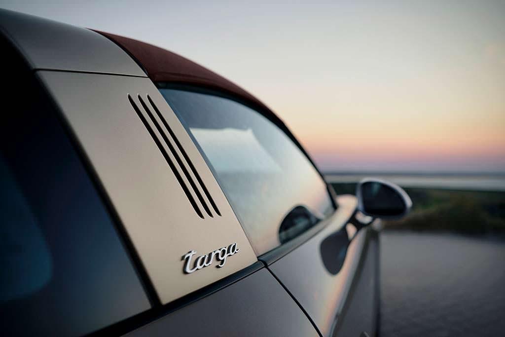 Новая Porsche 911 Targa 4 GTS Exclusive Manufaktur Edition