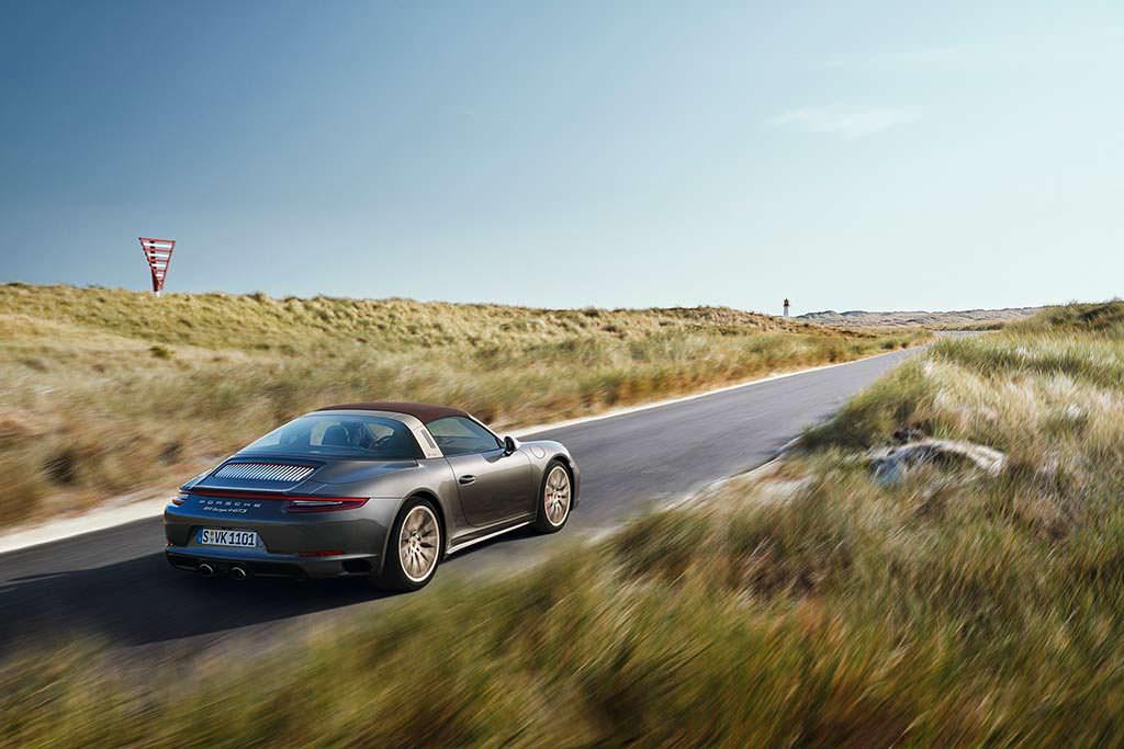 Porsche 911 Targa 4 GTS Exclusive Manufaktur Edition. Цена €187 961