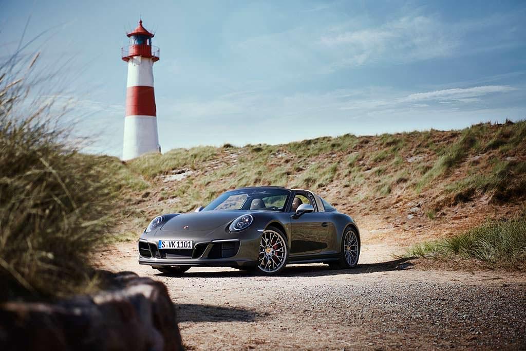 Спецверсия Porsche 911 Targa 4 GTS Exclusive Manufaktur Edition